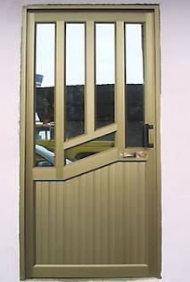 CERRAJERIA ORNAMENTACION Y ESTRUCTURAS METALICAS - fa-bi-43s jimdo ... Iron Gate Design, House Gate Design, Verre Design, Glass Design, Balcony Grill Design, Wooden Front Doors, Wooden Door Design, Aluminium Doors, Modern Door