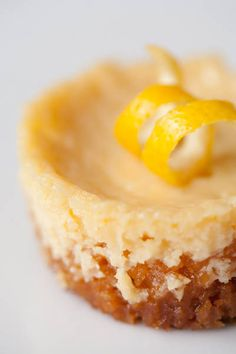 Lemon tarts with graham crumb crust