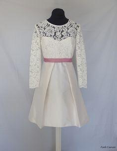 Robe de mariée haut en dentelle et jupe en volume : Robe par faith-cauvain