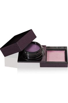 Instructions for use: Apply the crème shadow to your entire lid or lash line with a brush or your fingertip Use a shadow brush to apply the powder as a top layer or alone 3.5g/ 0.12oz. Made in Japan
