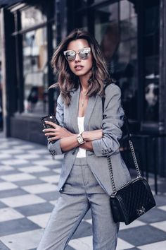 perfect business outfit for serious matters – Office Fashion Business Attire For Young Women, Business Outfit Frau, Business Professional Outfits, Business Chic, Business Casual Outfits, Casual Chic Outfits, Dress Casual, Chic Office Outfit, Office Wardrobe