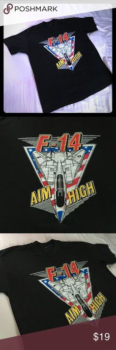 🙌🏻👀AIM HIGH! Beautiful Tee . Medium soft & 😍 Awesome tee . F-14 Fighter Jet . No tags but calling this one a medium . Logo is fantastic. I love this 👍🏻⚡️ Vintage Tops Tees - Short Sleeve