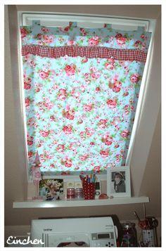 Doppelnaht: Dachfenster-Vorhang selbstgemacht #gardine #dekoration #wohnen