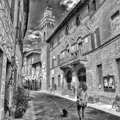 #buonconvento Siena #borghitalia #borghipiubelliditalia #borgoromantico2016  #toscana #tuscany #tuscanygram #natura #nature_perfection #naturephotography #naturelover #natureza #natureshots #nature #hdr #hdr_captures #hdr_pics #madeinitaly #flowers #fiori #flowerstagram #clouds #landscape #landscape_lovers #landscape_captures #biancoenero Questo mio silenzio si colmerà di una gioia infinita saziata dai tuoi baci  E dai tuoi slendidi occhi nascondi nell'ombra di una notte romantica by…