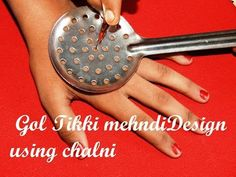 easy latest mehndi design for hands - simple mehndi design with the help of kitchen utensile Mehandi Design For Hand, Khafif Mehndi Design, Mehndi Designs Feet, Mehndi Design Photos, Wedding Mehndi Designs, Mehndi Designs For Fingers, Latest Mehndi Designs, Henna Tattoo Designs, Arabic Henna Designs