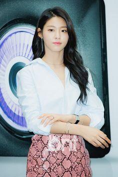 AOA - Seolhyun Seolhyun, South Korean Girls, Korean Girl Groups, Kim Seol Hyun, Beautiful Goddess, Jimin, Girl Bands, Korean Actresses, Beautiful Asian Girls