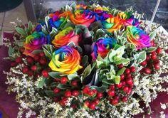 Colorful Rose BY Fleur Concept  http://www.wedding.com.my/business/florist/fleur-concept/1576