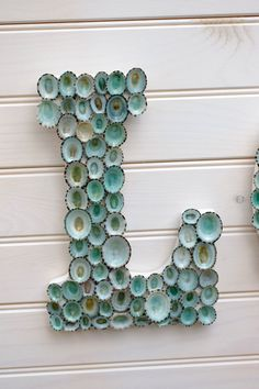 Beach Decor Seashell Covered Sign Letters - LOVE or Any Word Kastanien Basteln Kastanien Deko 🌰 Oyster Shell Crafts, Oyster Shells, Sea Shells, Seashell Art, Seashell Crafts, Beach Crafts, Crafts With Seashells, Seashell Display, Seashell Wind Chimes