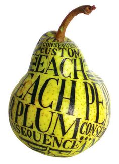 Hand lettering on a pear by Sarah King. Sarah King, Web Design, Type Design, Design Art, Design Concepts, Typography Love, Typography Letters, Schrift Design, Blog Art
