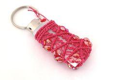 Porta accendino rosso accessorio macramè rosso di morenamacrame