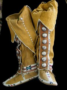 1880s Southern Cheyenne Hightop Women's Mocassins