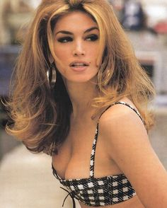 What do people think of Cindy Crawford? See opinions and rankings about Cindy Crawford across various lists and topics. Beauty Secrets, Beauty Hacks, Beauty Tips, 90s Hairstyles, Vintage Hairstyles, Linda Evangelista, Miami Fashion, Style Fashion, Trendy Fashion