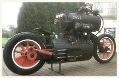 """Steam powered motorcycle """"Black Pearl"""" from Revatu Customs Now that's STEAMpunk. Steampunk Shop, Steampunk Motorcycle, Steampunk Accessoires, Moto Bike, Motorcycle Bike, Custom Motorcycles, Custom Bikes, Scooter Custom, Indian Motorcycles"""