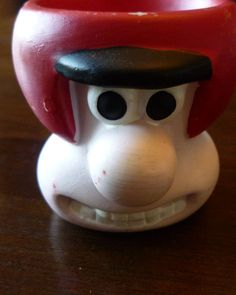 Wallace Egg Cup Seeks Gromit