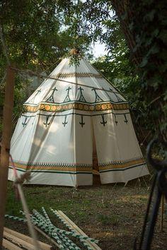 medieval pavilion 5m painted