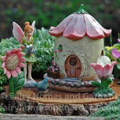 Mary Engelbreit Fairy Gardens Raccoon In Leaves Dollhouse Miniature