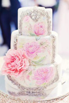Stilvolle Ideen für eine Hochzeitstorte mit Fondant - Hochzeitskiste Naked Cakes, Fondant, Desserts, Food, Crate, Ideas, Tailgate Desserts, Fondant Icing, Meal