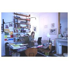 Who's the boss? Instagram Widget, Instagram Posts, Your Photos, Desk, Woman, Furniture, Home Decor, Home Ideas, Homemade Home Decor