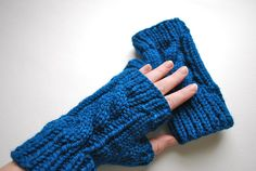 Cabled Fingerless Mitts by Allison Blevins