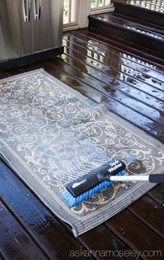 The easiest way to wash a deck, outdoor rugs and more! - Ask Anna Home Cleaning Remedies, House Cleaning Tips, Cleaning Hacks, Deck Rug, Patio Rugs, Outdoor Carpet, Indoor Outdoor Rugs, Outdoor Living, Deck Furniture Layout