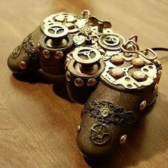 Steampunk Playstation Controler by Wendy Dearum Mode Steampunk, Steampunk Fashion, Steampunk Goggles, Nintendo, Gift Animation, Manette Xbox One, Game Room Design, Gamer Room, Ps4 Controller