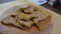 Ricetta della Stroscia tipico dolce ligure di Pietrabruna. Un dolce a base di farina e olio di oliva...assolutamente da provare!