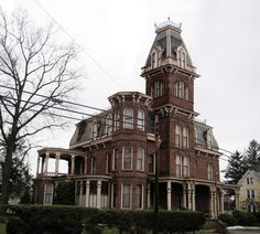 Places of Fancy: Addams Family Mansion