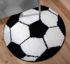 Voetbalkleed met een doorsnee van 60 cm. prijs 19,95.