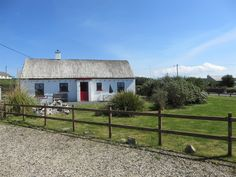 Self catering holiday rental on the Wild Atlantic Way in County Donegal, Ireland - Mullaghduff Thatched Cottage Booking Sites, Donegal, Trip Advisor, Catering, Ireland, Cottage, Cabin, Facebook, Website