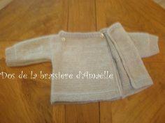 CHAPITRE 14 - Tricoter une brassière niveau débutante, en un seul morceau. Modèle gratuit. - L'atelier tricot de Mam' Yveline. Cardigan Bebe, Baby Cardigan, Bebe Baby, Knitted Baby Blankets, Crochet, Charlotte, Knitting, Sweaters, Messages