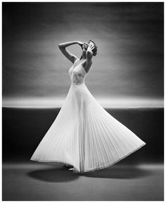 Photo Mark Shaw early black and white studio outtake 10 for the vanity fair lingerie campaign new york, 1950