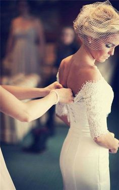 lace wedding dress-- if only I were that skinny