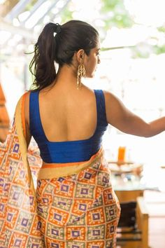 Buy Designer Blouses online, Custom Design Blouses, Ready Made Blouses, Saree Blouse patterns at our online shop House of Blouse from India. Blouse Back Neck Designs, Sari Blouse Designs, Saree Blouse Patterns, Fancy Blouse Designs, Lehenga, Anarkali Kurti, Handloom Saree, House Of Blouse, Mumbai