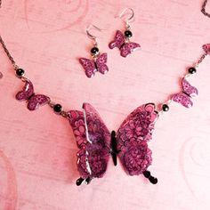 Little Windows 3-D Butterflies Necklace!