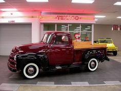 Chevrolet : Other Pickups 1955 Chevrolet 3100 Seri - http://www.legendaryfinds.com/chevrolet-other-pickups-1955-chevrolet-3100-seri-2/