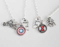 Clint Natasha Friendship Necklace Set Marvel Comic Inspired Jewelry Clintasha Hawkeye Black Widow BFF Friendship Jewelry Partners in Crime Bff Gifts, Best Friend Gifts, Steve Rogers, Tony Stark, Nerd Merch, Marvel Comics, Marvel Art, Marvel Memes, Steve And Tony