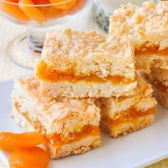 Apricot Coconut Crumble Bars - a scrumptious flavour combination! - These Apricot Coconut Crumble Bars are a twist on a lemon version of the same cookie bars recipe bu - Rock Recipes, Sweet Recipes, Bar Recipes, Baking Recipes, Cookie Recipes, Apricot Cake, Apricot Slice, Apricot Recipes, Biscuits