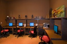 Computer Lab at Las Brisas Apartments in Round Rock