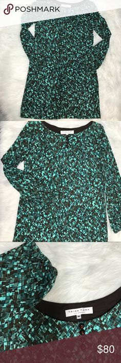 NWOT Trina Turk pebble pattern jersey dress Sz Med Such a soft cute long sleeved dress! Amazing quality. Never worn, not lined. Gathered at wrists. Great with boots for the fall or pumps for work! Total length 34 inches. Bust 17 inches measured flat. No trades, offers welcome. Smoke free home & we have a small spaniel (but we don't let her wear our clothes 😂) Trina Turk Dresses