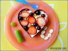 10 creative and healthy kid snacks - a little more work but I'm sure its worth it!!