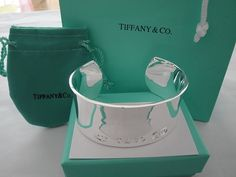 Tiffany and Co. diamond and platinum bracelet garland collection Tiffany Tiffany Bangle, Tiffany And Co Earrings, Tiffany And Co Outlet, Do It Yourself Jewelry, See It, I Love Jewelry, Jewelry Box, Girls Best Friend, Girly Things