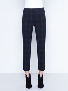 Pants in stretch plaid with front closure. The pants feature zip pockets, a cropped conical leg and cuffs Pants in stretch plaid with front closure. The pants feature zip pockets, a cropped conical leg and cuffs Casual Work Outfits, Work Casual, Boot Outfits, Cuffed Pants, Trousers, Mens Nightshirts, Black Boots Outfit, Mens Sleepwear, Lace Homecoming Dresses