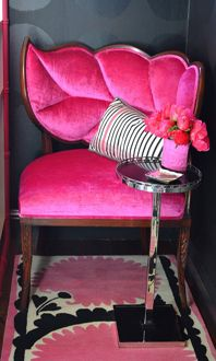 OH SO PRETTY IN HOT PINK corner chair...luvin floral motif