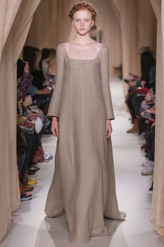 "Valentino Haute Couture S/S 2015 ""L'Eveil"", natural linen dress."