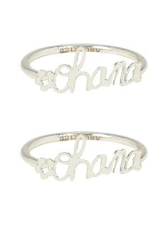Disney Lilo & Stitch Ohana BFF Ring Set: You and your bestie are just like family. Ohana means family, and family means nobody gets left behind. These silver tone rings from Disney's Lilo & Stitch are perfect for the two of you. Disney Rings, Disney Jewelry, Disney Inspired Rings, Ohana Lilo Y Stitch, Bff Rings, Cute Stitch, Accesorios Casual, Friend Jewelry, Oxidised Jewellery