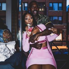 Relationship Goals Woman Knitwear and Sweaters 101 sweaters woman's day Dope Couples, Black Couples Goals, Cute Couples Goals, Couple Goals Relationships, Relationship Goals Pictures, Couple Relationship, Healthy Relationships, Couple Noir, Goddess Hairstyles