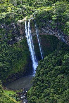 Mauritius waterfall ⚜ Mauritius Island, more than just gorgeous beaches http://www.thewondermap.com/mauritius-island/