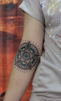 1000 id es sur le th me tatouage tribal de lotus sur pinterest tatouages de lotus design du - Tatouage amour perdu ...