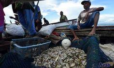 As oceans empty, Kenya fishermen must adapt…