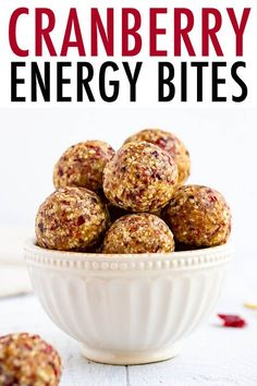 These cranberry energy bites are the perfect easy snack. Made with just 7 simple ingredients including almonds, cashews, dates and dried cranberries. Plant Based Snacks, Veggie Snacks, Easy Snacks, Gf Recipes, Low Carb Recipes, Cooking Recipes, Drink Recipes, Vegetarian Recipes, Snack Recipes